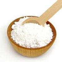 Masque à l'argile blanche pour atténuer les rougeurs des peaux sensibles