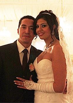 Aïcha et Nordine, les grands gagnants du concours « Gagner son mariage » organisé par le Miel d'Orientse sont dit oui !
