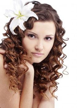 Avoir de belles boucles pour les cheveux bouclés naturellement