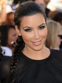 Coiffure de star : Tresse sage de Kim Kardashian